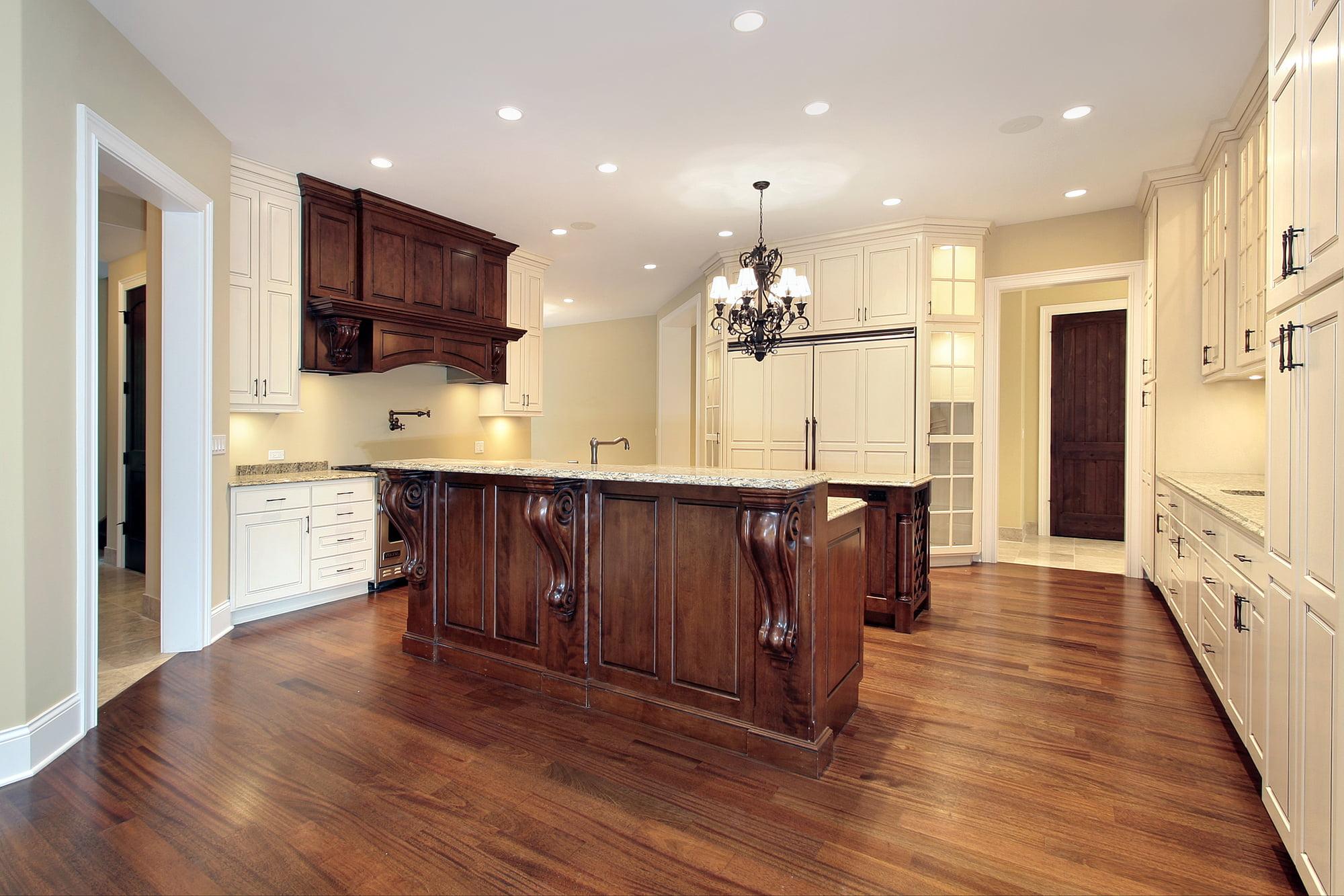 Jasne czy ciemne panele podłogowe – jakie wybrać?